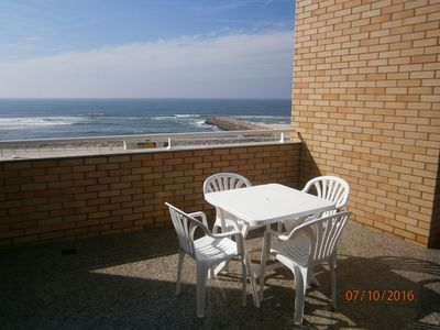 Photo for Sun, Pool and Beach, Studio open-space T0, beachfront, private pools.