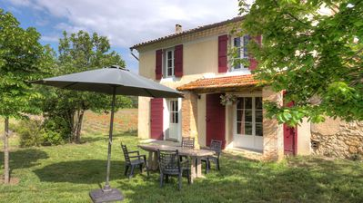 Photo for Gite on 35ha property in the Luberon 25km from Aix en Provence