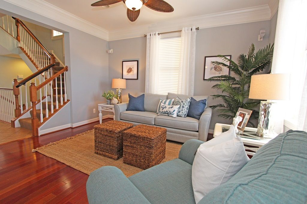 Huge Bayfront Home (67th) - Ind/Outdoor Pools, Cafe, Clubhouse & Private Beach!