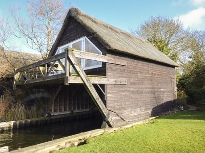 Photo for CYGNUS BOATHOUSE, pet friendly in South Walsham, Ref 942219