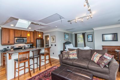 Private loft karpeles view 65b downtown charleston - 3 bedroom apartments downtown charleston sc ...