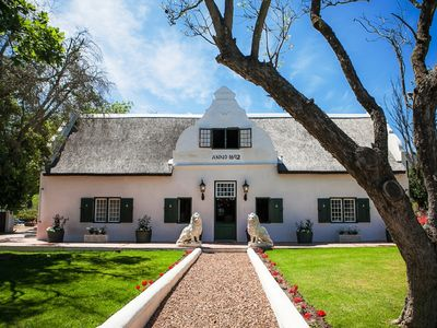 Photo for Luxury 4 Star B&B in Paarl Western Cape