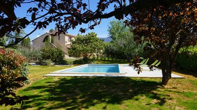 Photo for Gîte Lubéron in Bedoin at the foot of Mont Ventoux with superb pool view Ventoux