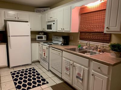 Photo for Adorable 3bedroom, 3 bath condo waiting for you!