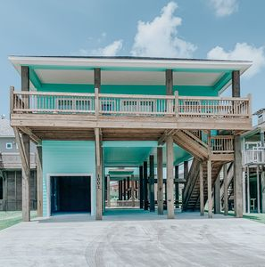 Photo for Beauty and the Beach is the perfect getaway for family & friends! Sleeps 10