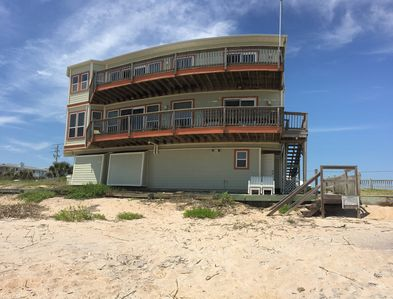 On the beach!! two stories of decks!