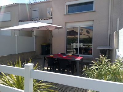 Photo for Duplex house, terrace, 2 sep. with doors ind., 800m beach and commercial