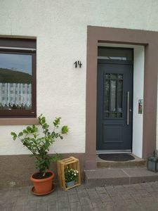 "Photo for New! Modern apartment ""Am Rosenberg"" for 2-4 people on the Middle Mosel"