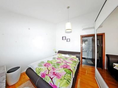 Photo for Holiday apartment Pula for 5 persons with 3 bedrooms - Holiday apartment
