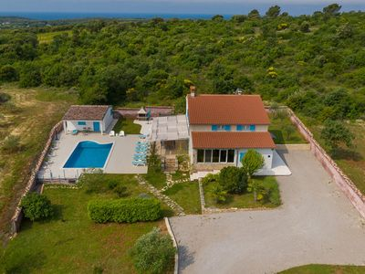 Photo for Villa with private pool and garden near Rovinj