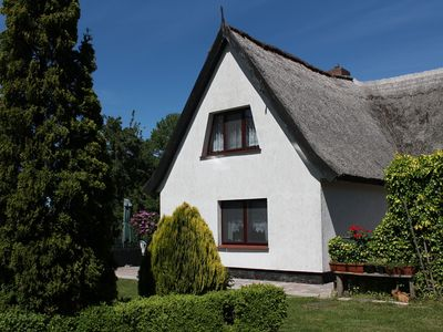 Photo for Small holiday room in thatched cottage