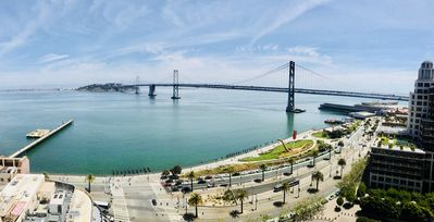 Photo for Waterview luxury 1-bedroom apt in downtown SF