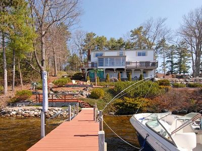 Photo for BOLD Lakefront on Winnie, 4Bdrms,3 Baths,Great Gamerm,sun,shade+lots of fun