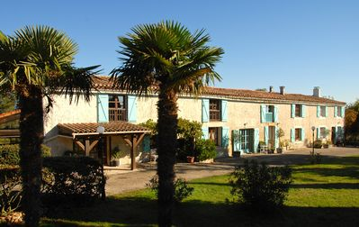 Photo for 4* rated,  Stunning views, nr. to Carcassonne, 14x7m pool,  - 2 Beds, Sleeps  5