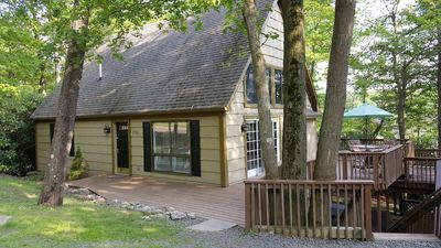 Peaceful Lakeview 6 BR Duplex; Walk to the Lake/Restaurants/Bars
