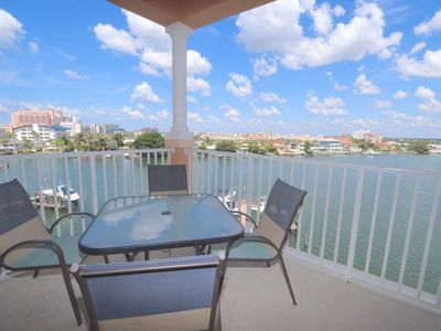 Pet Friendly Waterfront, Free Wi-Fi & Cable, Pool, Big Balcony, W/D, Parking-506 Harborview Grande