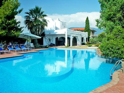 Photo for One bedroom Apartment, sleeps 4 in Licinella-Torre di Paestum with Pool and WiFi
