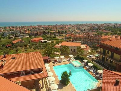 Photo for Apartment with pool, near the sea, nice resort on the coast Adriatsiche