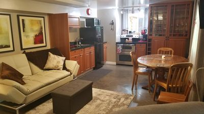 The Red Door 1 mile from downtown. 1 bedroom. Own entrance. Full Bath/Kitchen