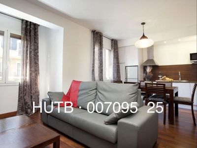 Photo for Enamorados  apartment in Eixample Dreta with WiFi, air conditioning & lift.