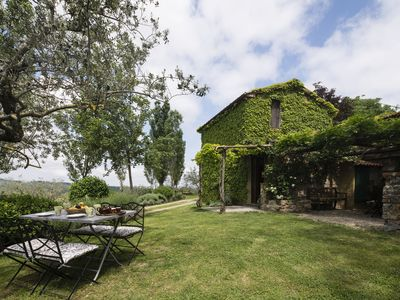 Photo for Country villa in the Chianti area with private pool