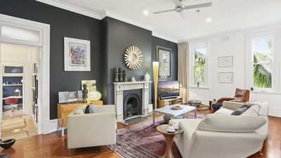 Photo for Regal Apartment In Sydney's Eastern Suburbs
