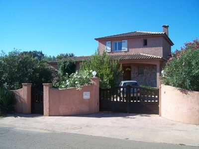 Photo for Very beautiful villa with swimming pool in luxury housing estate near the beaches