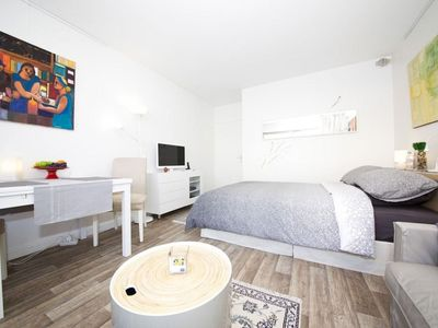 Photo for Maillot Studio apartment in 17ème - Arc de Triomphe with WiFi & lift.