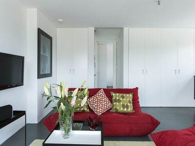 Photo for Contemporary space offers you everything you need in an inner city apartment