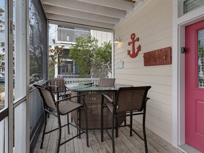 Photo for Lovely cottage w/ shared hot tubs, fitness & more - beaches 1 mile west!
