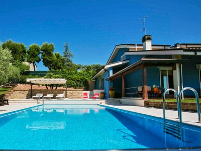 Photo for Villa Blu 7 with pool and wonderful sea view, 5 km from the beaches of San Benedetto del Tronto