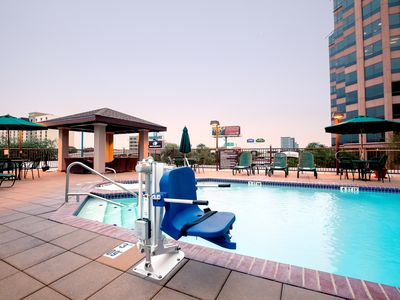 Photo for Studio 15 Minutes from the Alamo!   Free Breakfast + Outdoor Pool and Hot Tub
