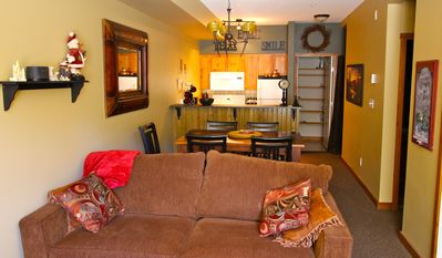 Photo for Ski In, Ski Out: 2-br Ground Floor Unit, Pets Welcome!
