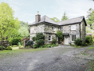 Photo for BEAVER GROVE COTTAGE, pet friendly in Betws-Y-Coed, Ref 945612