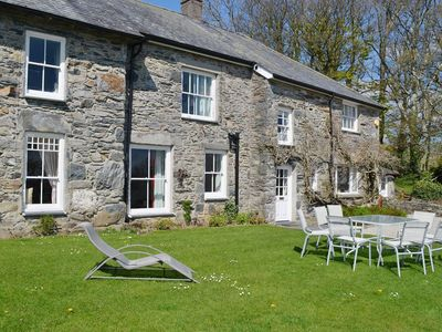Photo for 4 bedroom property in Criccieth. Pet friendly.