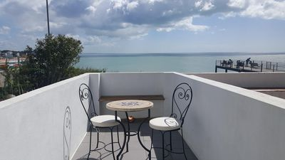 "Photo for Air-Conditioned Holiday Home ""Vila Palma - The Sea Eye"" Close to the Beach with Terrace & Wi-Fi"