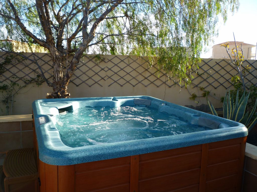 jacuzzi tub j product overhead hot