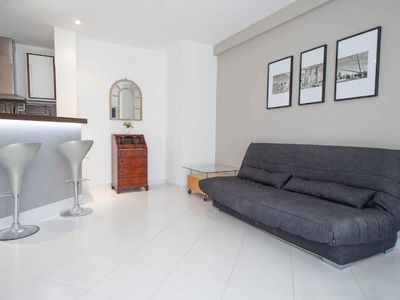 Photo for Modern air-conditioned apartment near Croisette and Rue d'Antibes