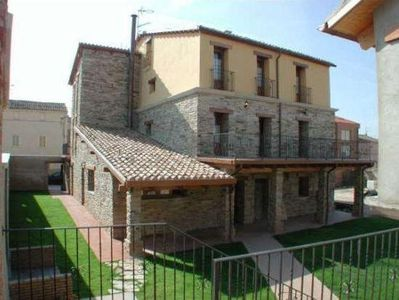 Photo for Lagos de San Isidro Rural Cottage - capacity 10-18 people