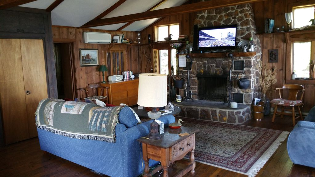 cabin with fireplace. Property Image 16 Stunning Views from Waterfront Log Cabin With Fireplace  On The Chesapeake Bay