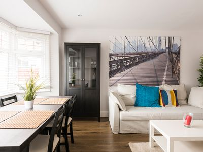 Photo for Beautiful New Apartment - good links to Central London
