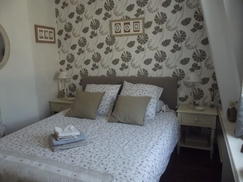 Charming apartment - possibility of private parking -