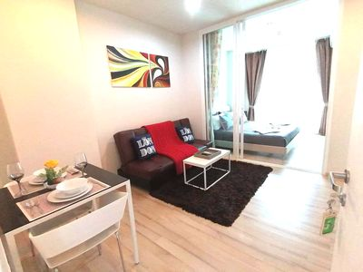 Photo for Modern Stylish Condo ♕King Size Bed♕ 1BR Apt nr Shopping/Food Centre