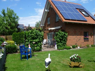 Photo for Modernly furnished apartment with separate entrance in the Weser Uplands