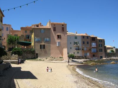 Photo for Charming apartment in the heart of St Tropez old town