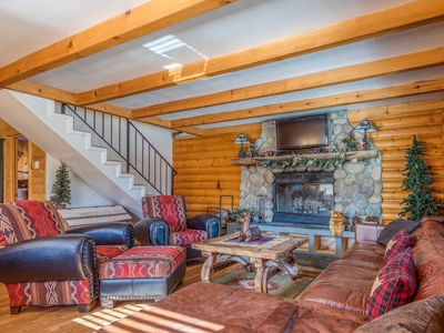 Photo for Lovely dog-friendly cabin w/ large deck, grill, free WiFi, and full kitchen!