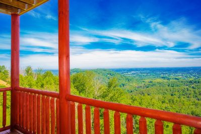 Wild Mountain Honey: Spectacular Views! New Build! Resort Pool, Top  Amenities, near Attractions! - Pigeon Forge