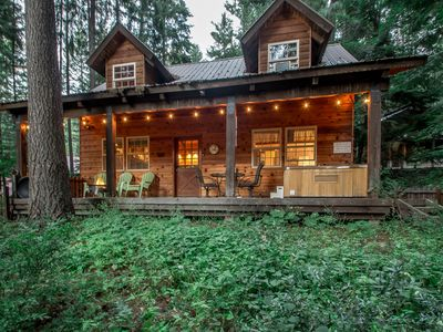 Photo for Cozy cabin for 4, hot tub, WiFi, and just 20 minutes to Stevens & Leavenworth