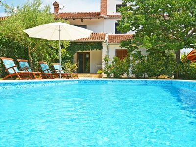 Photo for This 3-bedroom villa for up to 6 guests is located in Rovinj and has a private swimming pool, air-co