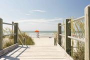Cape Coddages II Cutie, Oceanfront 2BR,  Family Friendly Rates